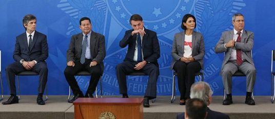Crônicas do Brasil - O último baile da Ilha Fiscal 3